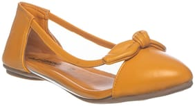 Khadim's Yellow Ballerinas For Girls
