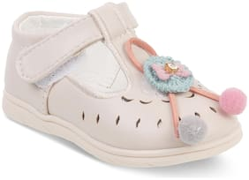 Kittens Beige Casual Shoes For Girls