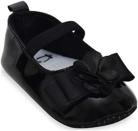 Kiwi Black Ballerinas For Infants