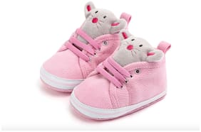 KUTUMBH Pink Booties For Infants