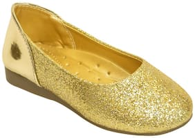LITTLE SOLES Gold Ballerinas For Girls