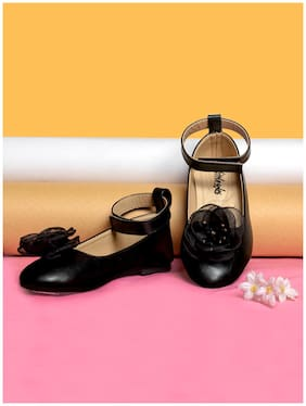 LITTLE SOLES Black Ballerinas For Girls