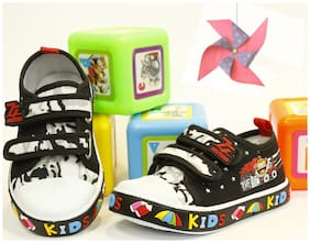 LITTLE SOLES Black Casual Shoes For Infants