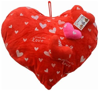 Mgp Toys Valentine Red Heart Shape Cuishion With 3 Sweet Premium Hearts