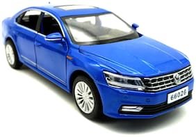Mini Auto Blue 1:32 Scale Diecast Metal Volkswagen Passat Pull Back Car Toy with Openable Doors, Lights and Sound Effects