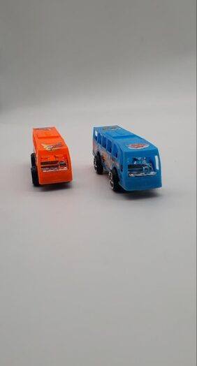 Mini Moving Bus Set of 2