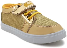 Myau Gold Casual Shoes For Girls