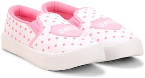 Fuel White Casual Shoes For Girls