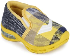 NEOBABY Yellow Unisex Kids Casual shoes