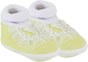 Neska Moda Yellow Booties For Infants