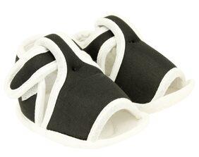 Neska Moda Black Sandals For Infants