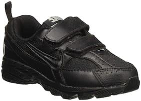 Nike Black Boys Sport shoes