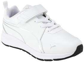 Puma White Boys Sport shoes