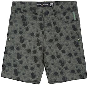 Tales & Stories Boys Green Floral Printed Regular Fit Cotton Shorts