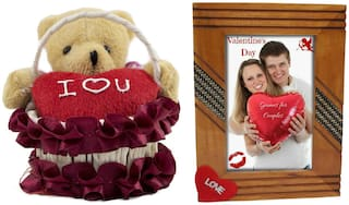 Tickles Basket Teddy with Heart and Love Couple Photo Frame Soft Toy Gift Set ()