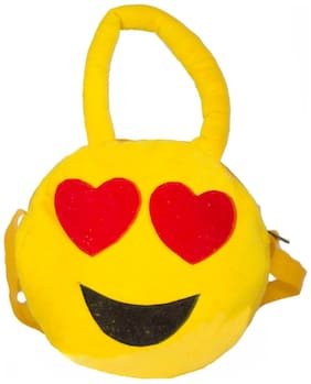 Tickles Soft Pooh Shoulder Soft School Bag Stuffed Soft Plush Toy 21 cm ( 3 L )