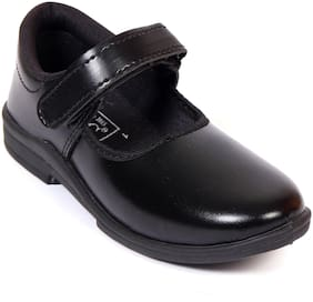 Trilokani Black Girls School shoes