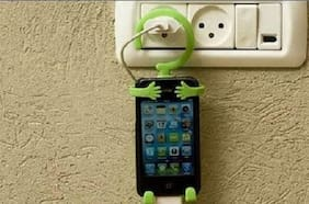 kudos Cell Phone Holder Hanging