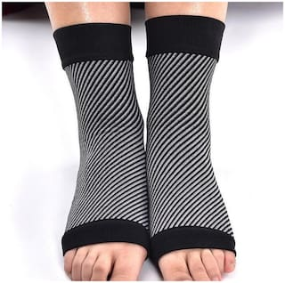 Just rider Plantar Fasciitis Socks with Arch Support, Foot Care Compression Sleeve, Eases Swelling & Heel Spurs, Ankle Brace Support, Relieve Pain Fast
