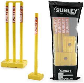 SUNLEY Plastic Stumps set for both sides(4 wickets,2 bails,2 base,1 kit bag)