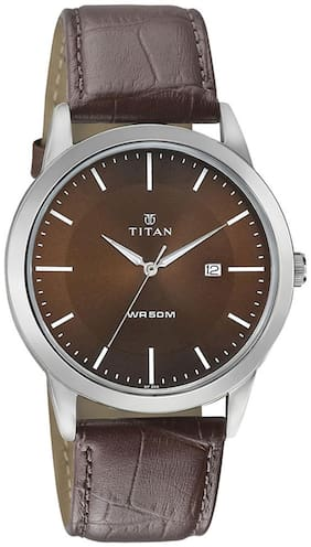 Titan  1584Sl04 Men Analog Watch