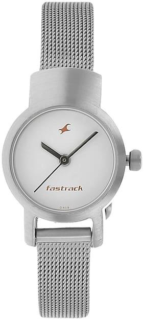 Fastrack  2298Sm02 Women Analog Watch