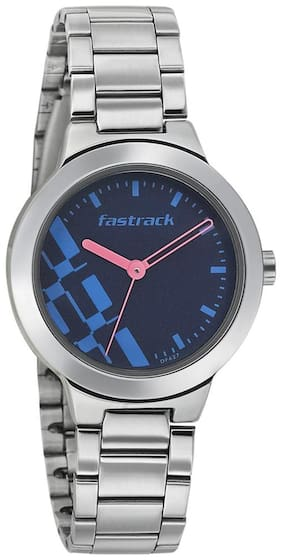 Fastrack  6150Sm03 Women Analog Watch