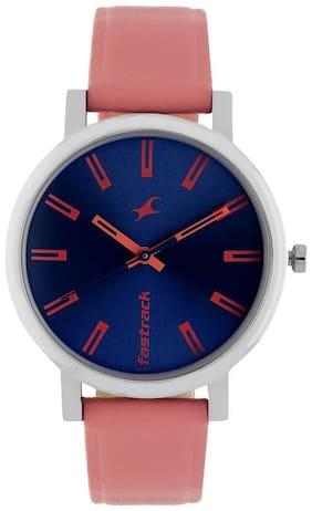 Fastrack 68010SL02 Women Analog watch