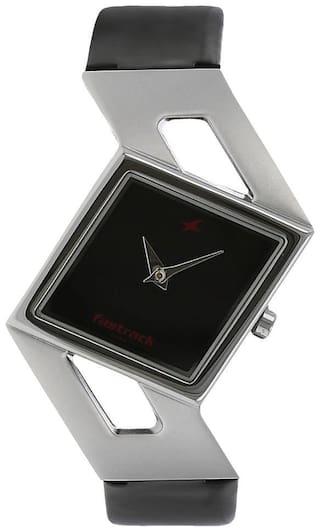 Fastrack NJ6035SL02 Women Analog watch