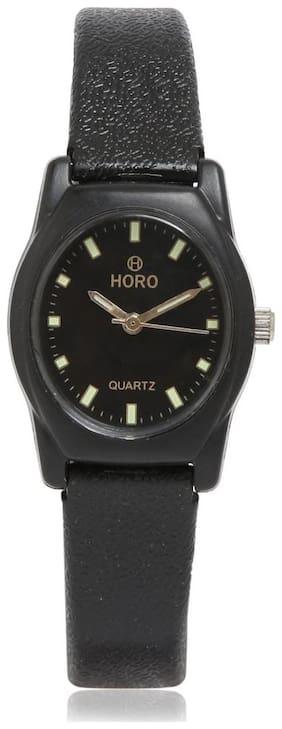 Horo Plastic Round Wrist Watch   31X23mm