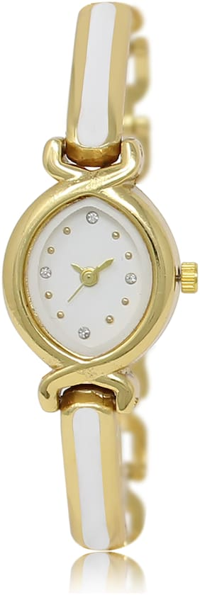 Locate New Design Oal White Bangles Style Analog Watch