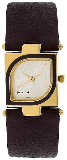 Sonata ND8919YL03AC Women Watch