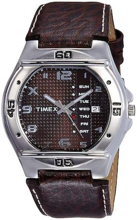 Timex  El04 Men Analog Watch