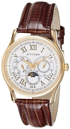 Titan  1487Yl01J Men Chronograph Watch