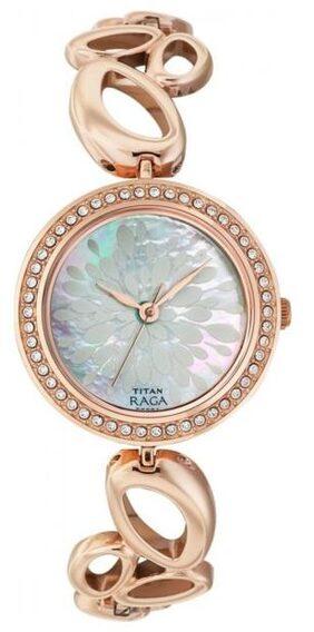 Titan 2539wm01 Raga Women Analog Watch