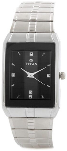Titan  9151Sm02 Men Analog Watch
