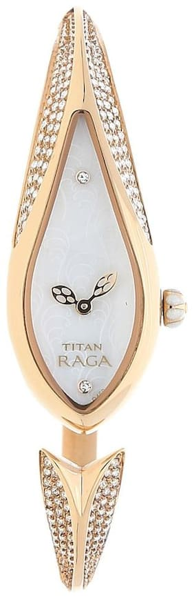 Titan NK9812WM01 Women Analog watch