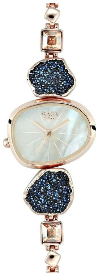 Buy Titan Raga I Am Mother Of Pearl Dial Analog Watch For Women Online At Low Prices In India Paytmmall Com
